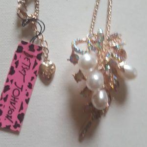 Betsey johnson coconut tree necklace